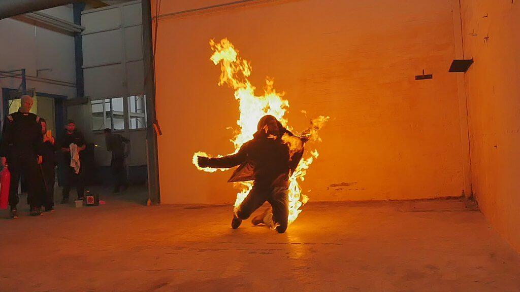 Feuerstuntman buchen Fullbody burn